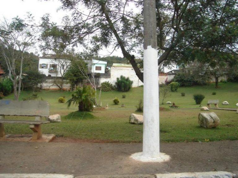 Coroas de Flores Cemitério Municipal de Cajamar - SP