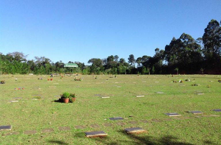 Coroas de Flores Cemitério Memorial Bosque da Paz - Vargem Grande Paulista-SP