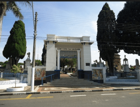 Coroas de Flores Cemitério Municipal Saudade Bragança Paulista – SP