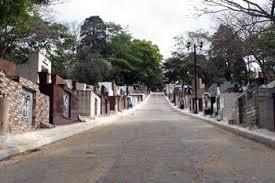 Coroas de Flores Cemitério Álvaro Quinteiro Vieira – Barueri – SP