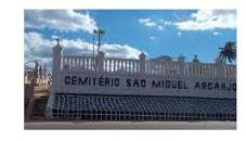 Coroas de Flores Cemitério Municipal São Miguel Arcanjo - Santana de Parnaíba - SP
