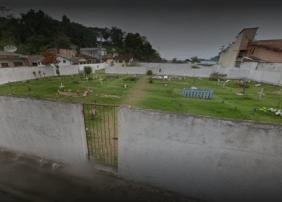 Coroas de Flores Cemitério de Mambucaba Angra dos Reis – RJ