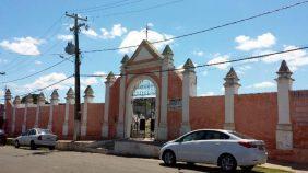 Coroas de Flores Cemitério de São Benedito Caxias – MA