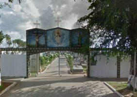 Coroas de Flores Cemitério Municipal de Trindade – GO
