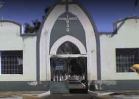 Coroas de Flores Cemitério Municipal São Pedro Uberlândia – MG