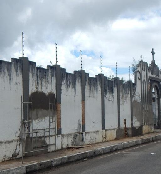 Coroa de Flores Cemitério Municipal de Águas de Santa Bárbara – SP