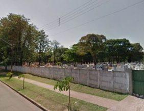 Coroa de Flores Cemitério Municipal de Populina - SP