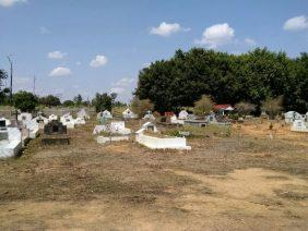 Coroa de Flores  Cemitério Municipal de Alta Floresta D'Oeste – RO