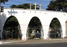 Coroa de Flores Cemitério Municipal de Boa Vista do Ramos- AM