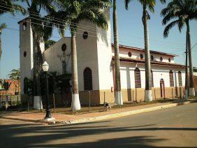 Coroa de Flores Cemitério Municipal de Plácido de Castro – AC