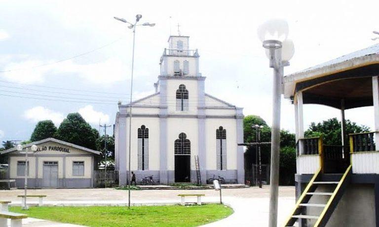 Coroa de Flores Cemitério Municipal de Canutama - AM