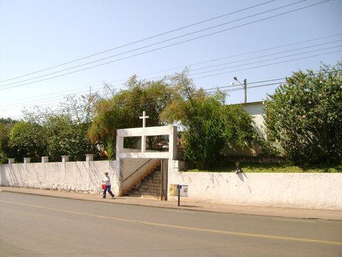Coroa de Flores Cemitério Municipal de Guajará – AM