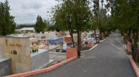 Coroa de Flores Cemitério Municipal de Santa Isabel do Rio Negro – AM