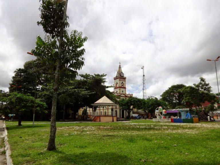Coroa de Flores Cemitério Municipal de Acará - PA