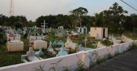 Coroa de Flores Cemitério Municipal de Afuá – PA