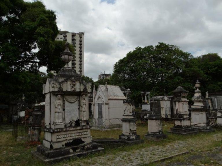 Coroa de Flores Cemitério Municipal de Almeirim - PA