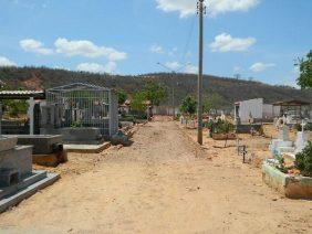 Coroa de Flores Cemitério Municipal de Altamira – PA