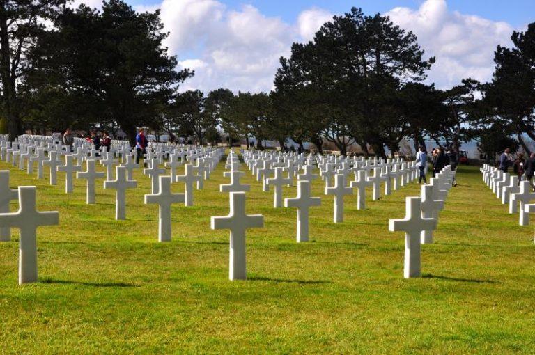Coroa de Flores Cemitério Municipal de Normandia - RR