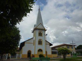 Coroa de Flores Cemitério Municipal de Curuá- PA