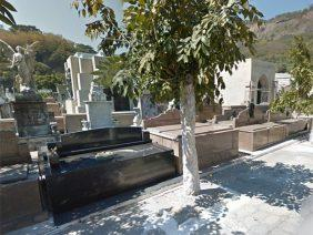 Coroa de Flores Cemitério Municipal de Ferreira Gomes – AP