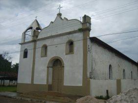 Coroa de Flores Cemitério Municipal de São Caetano de Odivelas - PA