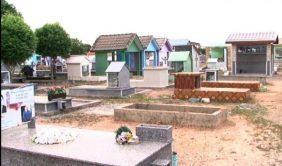 Coroa de Flores Cemitério Municipal de Trairão - PA