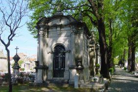 Coroa de Flores Cemitério Municipal Cruz – CE