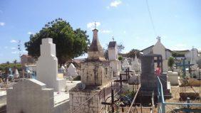 Coroa de Flores Cemitério Municipal Fortim – CE