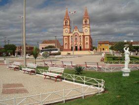 Coroa de Flores Cemitério Municipal Lavras da Mangabeira – CE