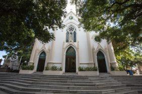 Coroa de Flores Cemitério Municipal Abre Campo – MG