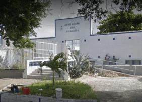 Coroa de Flores Cemitério Municipal São Benedito – Santa Isabel – SP