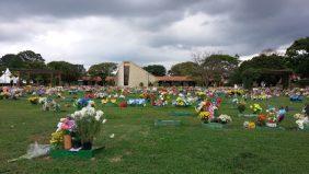 Coroa de Flores Cemitério Parque das Paineiras – Tremembé – SP