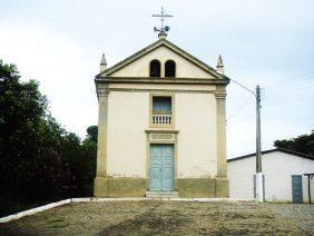 Coroa de Flores Cemitério da Vila de Três Irmãos – RJ