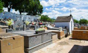 Coroa de Flores Cemitério Municipal De Japuiba – RJ