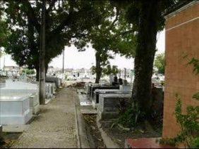 Coroa de Flores Cemitério Municipal Santa Izabel – RJ