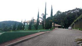 Coroa de Flores Cemitério de Nova Friburgo – RJ