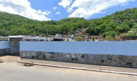 Coroa de Flores Cemitério Municipal  1° Distrito Mangaratiba – RJ