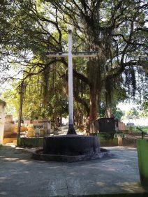 Coroa de Flores Cemitério Municipal de Queimados – RJ