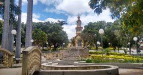 Coroa de Flores Cemitério Municipal Águas Vermelhas – MG