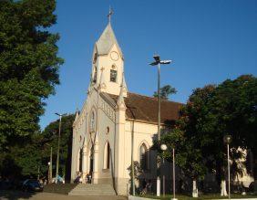 Coroa de Flores Cemitério Municipal de Alterosa – MG