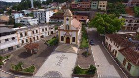 Coroa de Flores Cemitério Municipal de Alto Jequitibá – MG