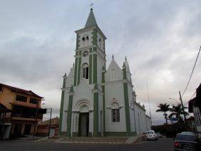 Coroa de Flores Cemitério Municipal de Alto Rio Doce – MG