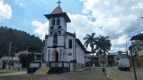 Coroa de Flores Cemitério Municipal de Alvinópolis – MG