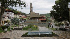 Coroa de flores Cemitério Municipal De Astolfo Dutra – MG