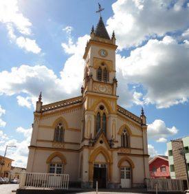 Coroa de Flores Cemitério Municipal de Cabo Verde – MG