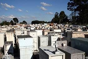 Coroa de Flores Cemitério Municipal Santa Mercedes – SP